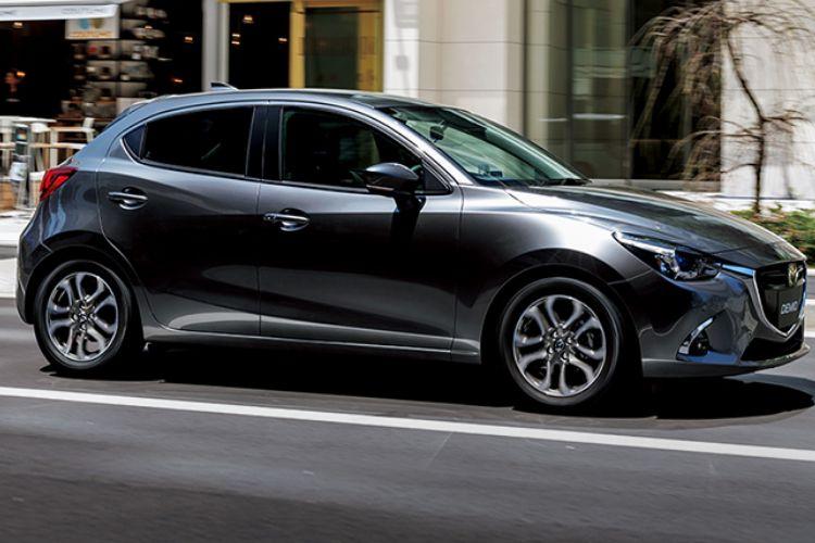 【マツダ・MAZDA2】新型の価格をガソリン車とディーゼル車で比較